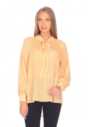 Блуза Cavo. Цвет: бежевый