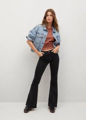 Расклешенные джинсы Flare - Mango. Цвет: черный деним