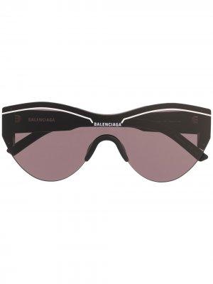 Солнцезащитные очки в массивной оправе Balenciaga Eyewear. Цвет: черный