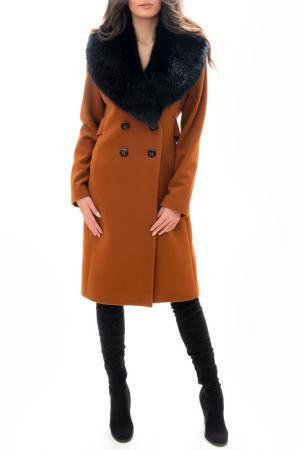 Пальто RADEKS. Цвет: оранжевый