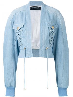 Укороченная джинсовая куртка бомбер Balmain. Цвет: синий