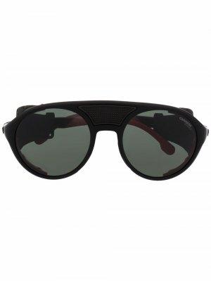 Солнцезащитные очки в массивной оправе Carrera. Цвет: черный
