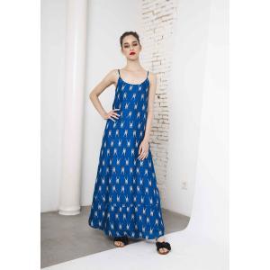 Платье длинное с рисунком жираф на тонких бретелях COMPANIA FANTASTICA. Цвет: синий/белый рисунок
