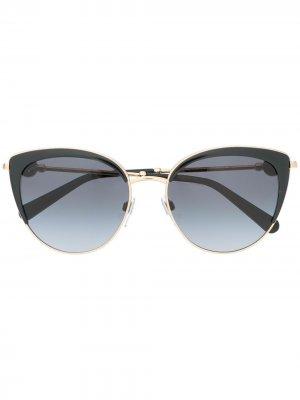 Затемненные солнцезащитные очки в оправе кошачий глаз Bvlgari. Цвет: черный