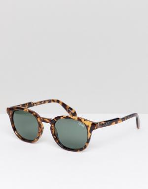 Круглые солнцезащитные очки в черепаховой оправе Walk On-Коричневый Quay Australia