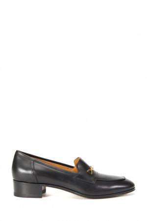 Черные кожаные лоферы Gucci. Цвет: черный