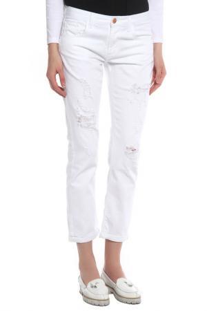 Джинсы Cross Jeanswear Co.. Цвет: белый