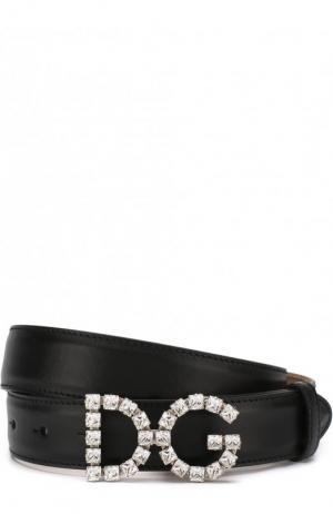 Кожаный ремень с фигурной пряжкой и отделкой кристаллами Dolce & Gabbana. Цвет: чёрный