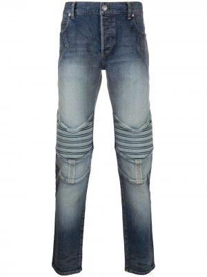 Зауженные джинсы с тисненым логотипом Balmain. Цвет: синий