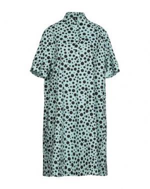 Платье до колена 1-ONE. Цвет: светло-зеленый