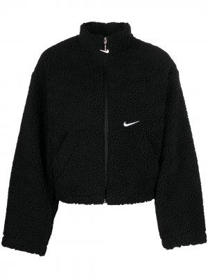 Фактурная куртка на молнии Nike. Цвет: черный