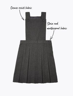 Школьный сарафан на пуговицах для девочки с перманентными складками Marks & Spencer. Цвет: серый