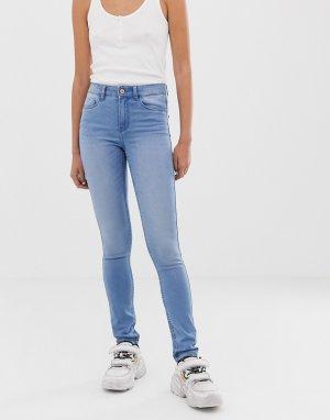 Мягкие зауженные джинсы с классической талией Noisy May