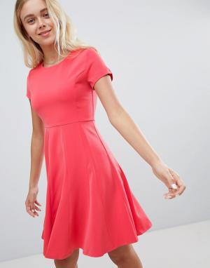 Короткое приталенное платье -Розовый Louche
