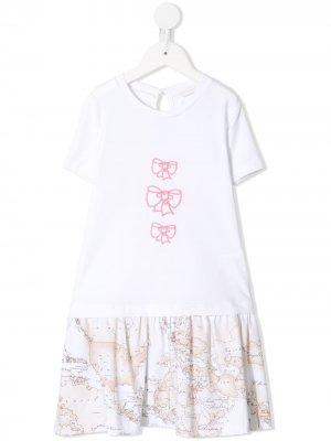 Платье-футболка с принтом Alviero Martini Kids. Цвет: белый