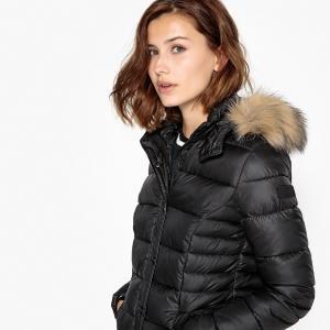 Куртка стеганая короткая с капюшоном, демисезонная модель KAPORAL. Цвет: темно-синий,фиолетовый,черный