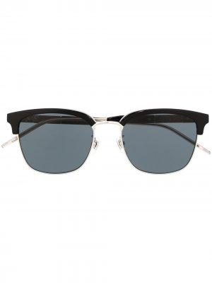 Солнцезащитные очки в трапециевидной оправе Gucci Eyewear. Цвет: черный