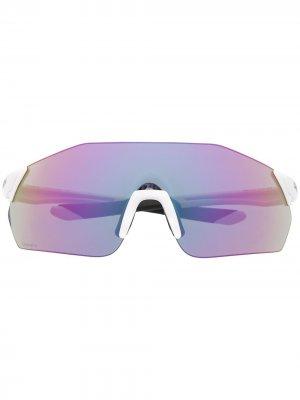 Солнцезащитные очки в массивной оправе Smith. Цвет: белый