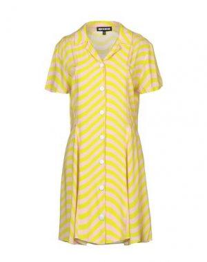 Короткое платье HOUSE OF HOLLAND. Цвет: кислотно-зеленый