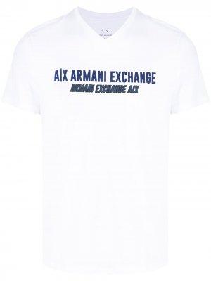 Футболка с логотипом Armani Exchange. Цвет: белый