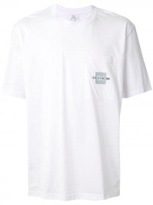 Футболка с круглым вырезом и логотипом CK Calvin Klein. Цвет: белый