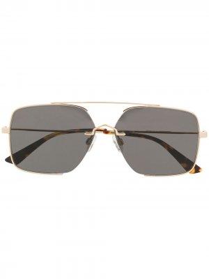 Солнцезащитные очки в квадратной оправе McQ Swallow. Цвет: золотистый