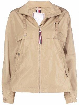 Легкая куртка с капюшоном Tommy Hilfiger. Цвет: нейтральные цвета