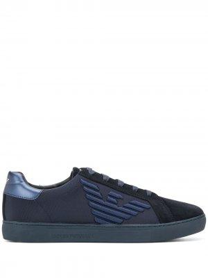 Кроссовки с вышитым логотипом Emporio Armani. Цвет: синий