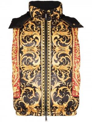 Двусторонний дутый жилет с принтом Baroque Versace. Цвет: черный
