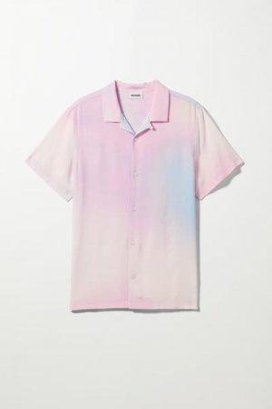 Рубашка Coffee Blurry с короткими рукавами Weekday. Цвет: разноцветный, розовый