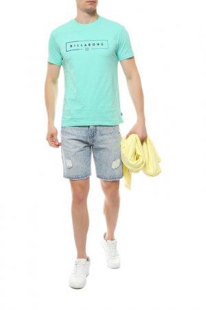 Джинсовые шорты Quiksilver. Цвет: голубой