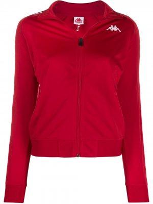 Куртка с контрастными полосками и логотипом Kappa. Цвет: красный