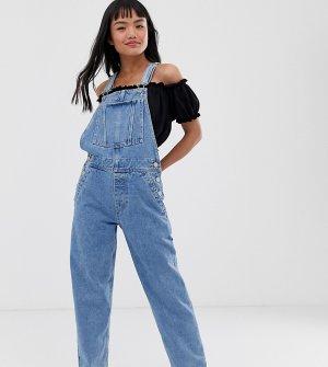 «Классический» джинсовый комбинезон выбеленного оттенка ASOS DESIGN Petite-Голубой Petite