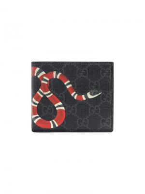 Кошелек с принтом змеи GG Supreme Gucci. Цвет: черный