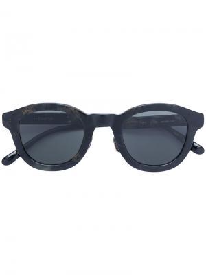 Солнцезащитные очки с эффектом мазков кисти Eyevan7285. Цвет: черный