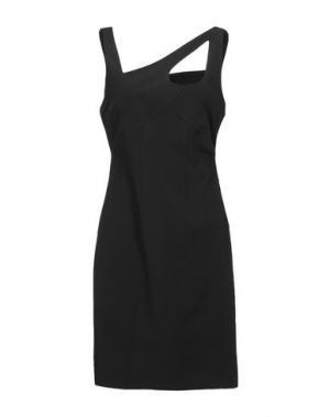 Короткое платье DIVINA. Цвет: черный