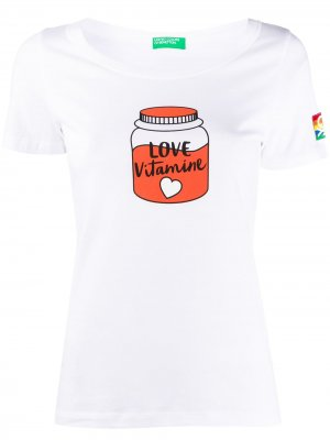 Футболка Love Vitamine с графичным принтом Benetton. Цвет: белый