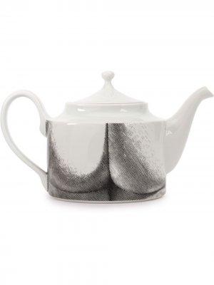 Заварочный чайник с принтом Fornasetti. Цвет: белый