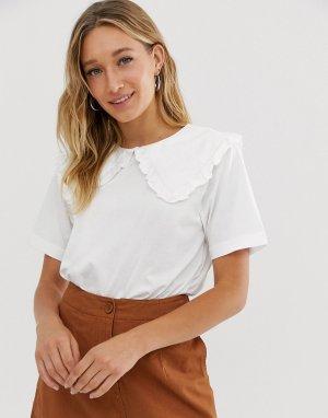Белая футболка с короткими рукавами и большим воротником -Белый Monki