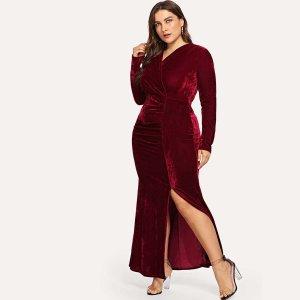 Большое Velvet платье и подол с вырезом SHEIN. Цвет: бургундия