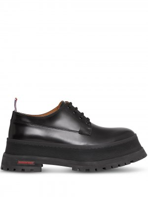 Туфли дерби с логотипом Burberry. Цвет: черный