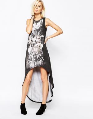 Платье-майка с асимметричной кромкой и принтом Religion. Цвет: белый