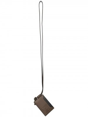 Картхолдер с ремешком и тисненым логотипом Anagram LOEWE. Цвет: коричневый