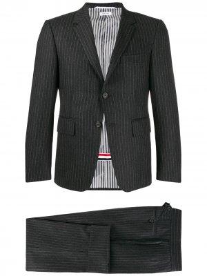 Фланелевый костюм узкого кроя Thom Browne. Цвет: серый