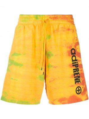 Спортивные шорты Adiprene с принтом тай-дай adidas. Цвет: желтый