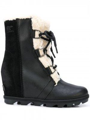 Ботинки со вставкой и подкладкой SOREL. Цвет: черный
