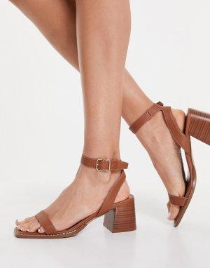Светло-коричневые босоножки с наборным каблуком Valerie-Коричневый цвет Schuh