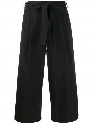 Укороченные брюки широкого кроя DKNY. Цвет: черный
