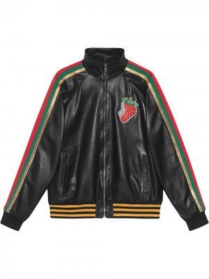 Куртка-бомбер с принтом Strawberry Gucci. Цвет: черный