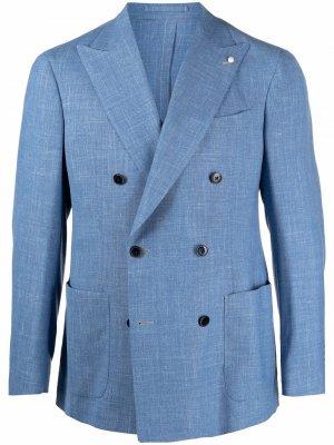 Двубортный пиджак LUIGI BIANCHI MANTOVA. Цвет: синий